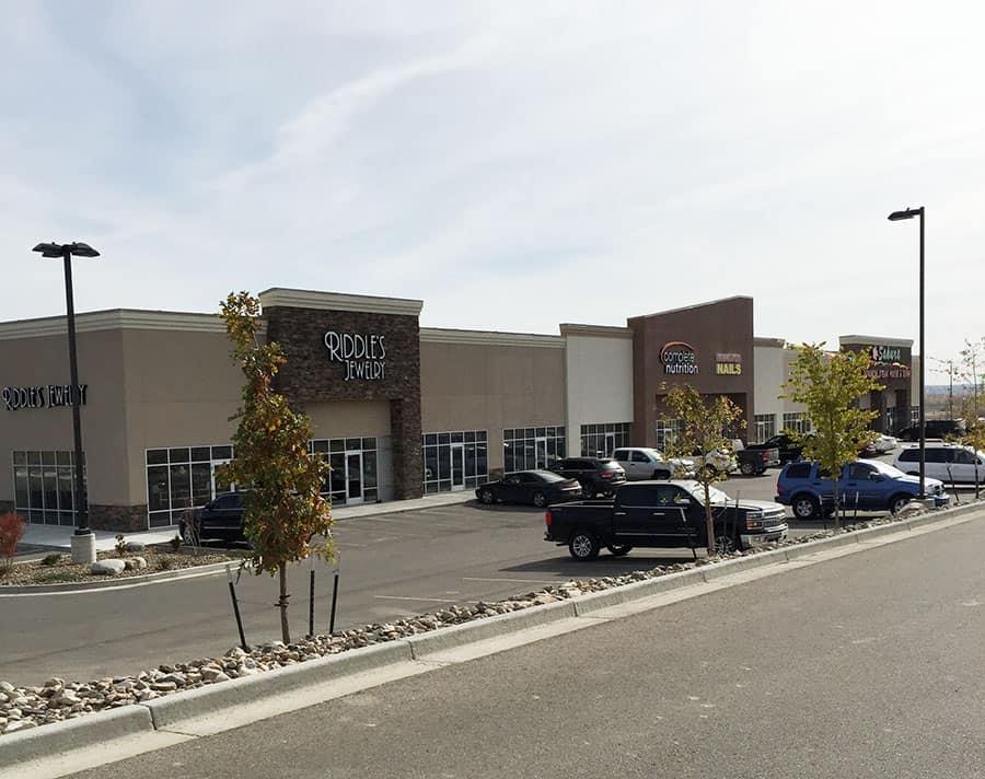 Williston-Retail-Center-002